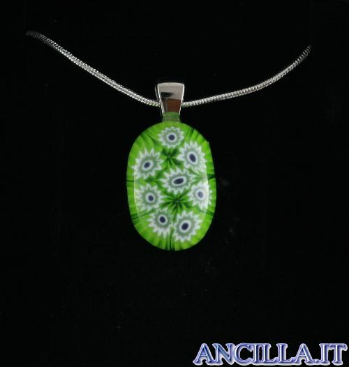 Collana con ovale stampo murrina verde