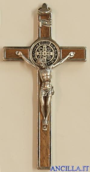 Croce-medaglia di San Benedetto in metallo intarsio legno naturale con base