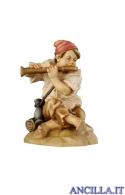 Giovane seduto con flauto Rainell serie 9 cm