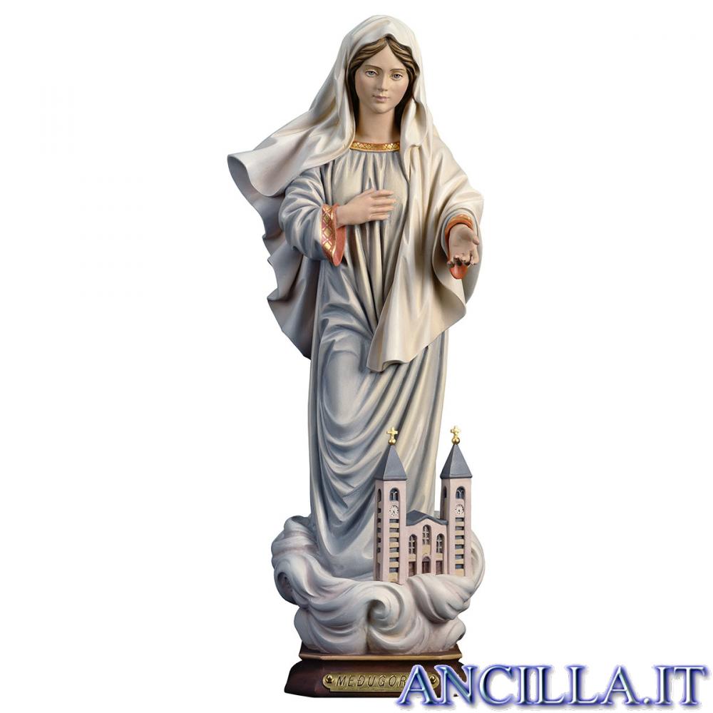 Madonna di Medjugorje con chiesa modello 2