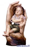 Mani che proteggono bambino