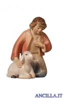 Pastore inginocchiato con pecora Pema serie 9 cm