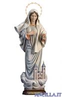 Regina della pace con chiesa e con corona di stelle