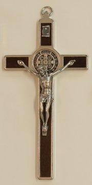 Croce-medaglia di San Benedetto in metallo intarsio legno tinta noce